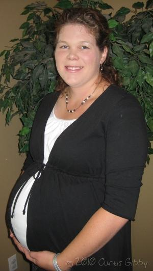 My Pictures - Pregnant Sarah - 36 Weeks (third child)